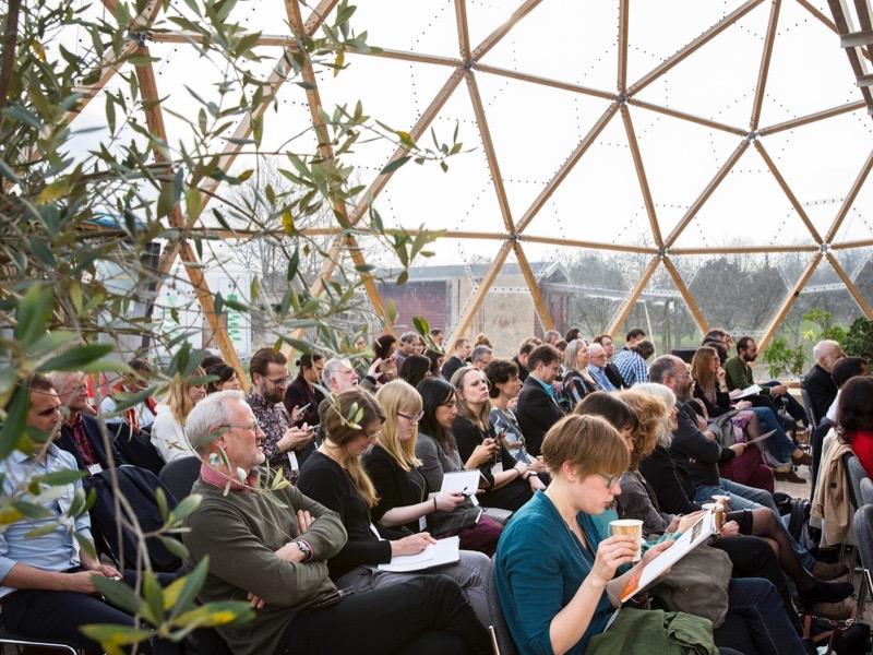 Deltagere ved konference i Copenhagen Dome